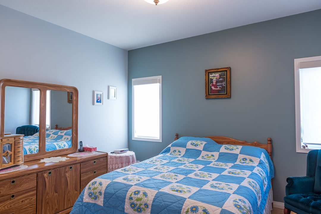 Woodland Estates condo bedroom