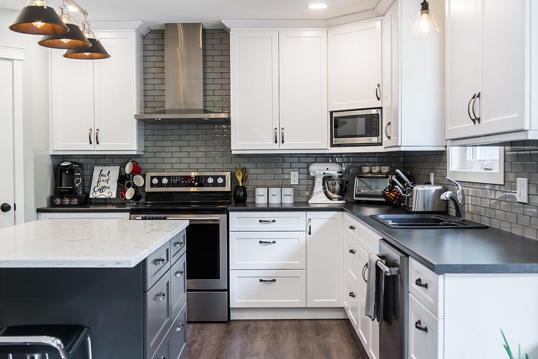 Moline kitchen