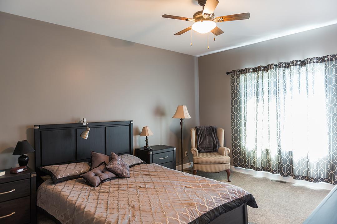 Azalea bedroom
