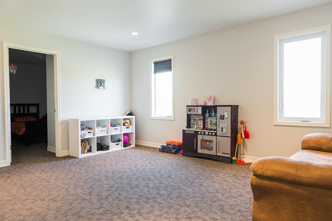 897 Partridge interior