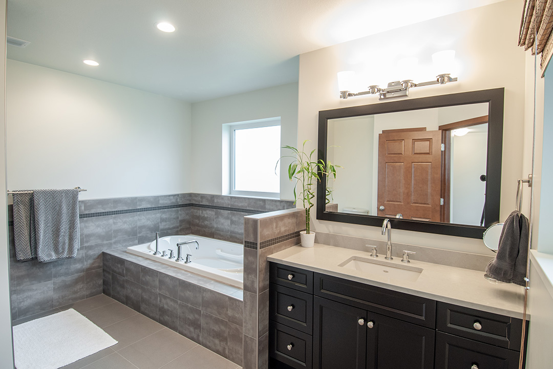 Country home master bathroom